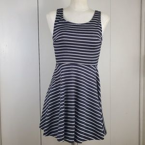 Forever 21 Fit & Flare Dress Size Small